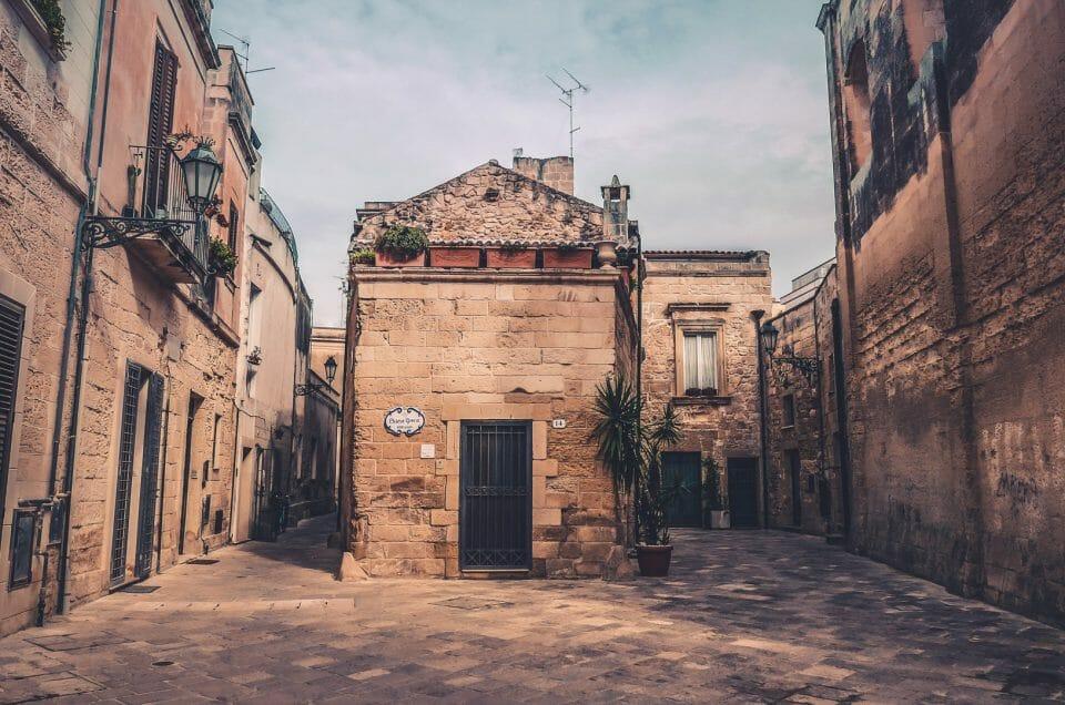 Visiter Lecce, Specchia, Nardo et Galatina, joyaux des Pouilles