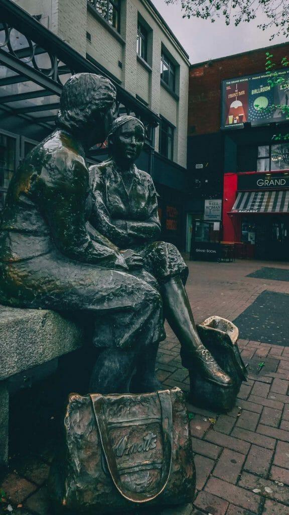 statues parlantes dublin