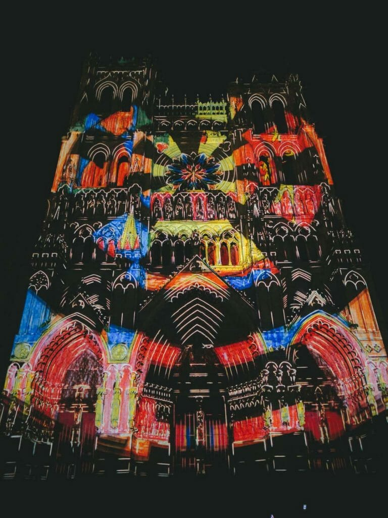 spectacle chroma cathédrale amiens