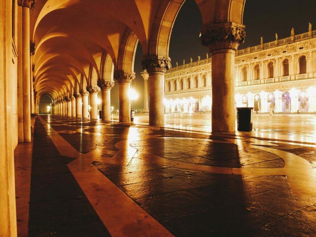 place san marco nuit