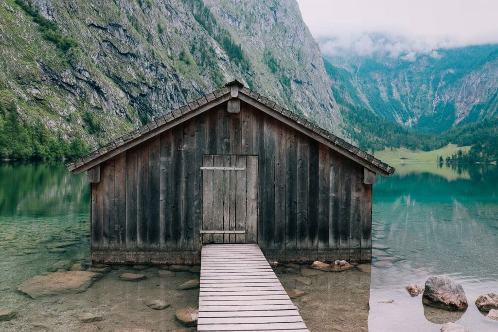 cabane lac obersee