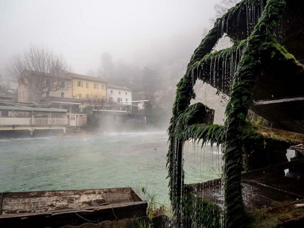 Fontaine du vaucluse Grands sites de France