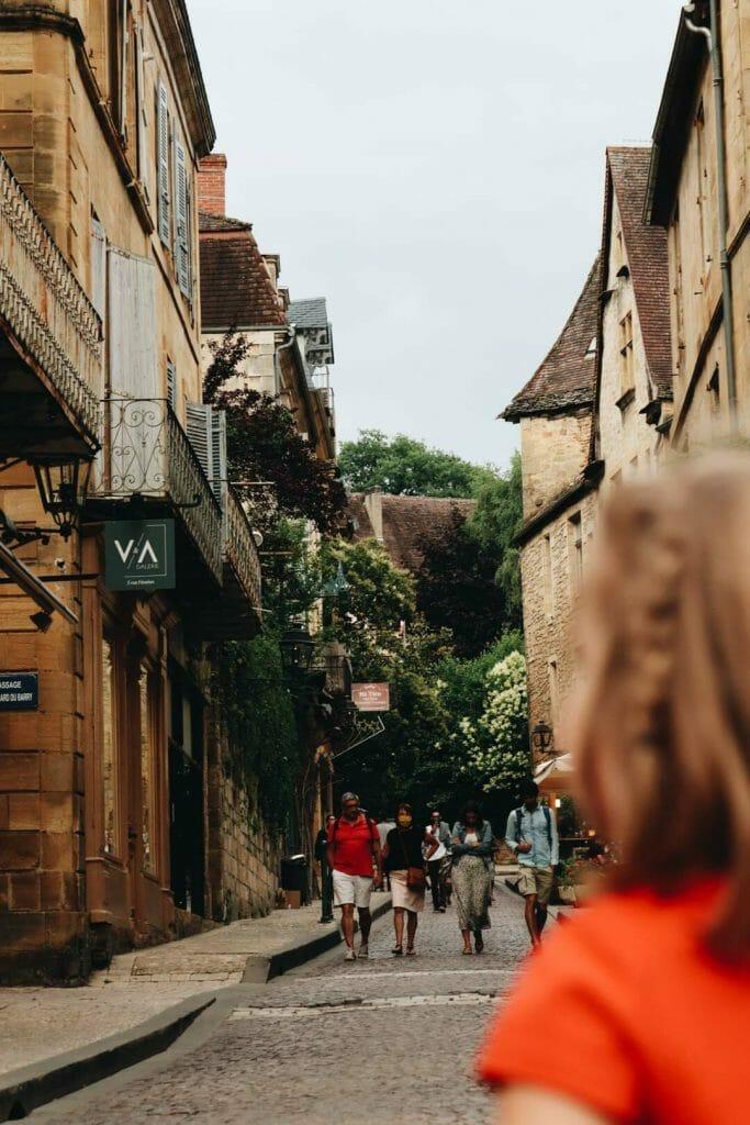 visiter sarlat et ses marchés